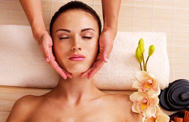 Decharò - Massaggio Viso