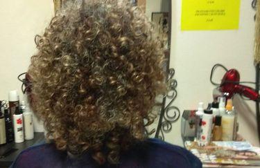 Hair Stylist Cafè - Ricci