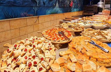 Atlantis Family Restaurant - Buffet