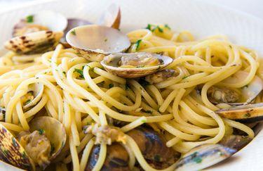 Setaccio- spaghetti alle vongole