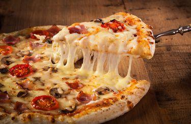 al-pavone-bianco-pizza