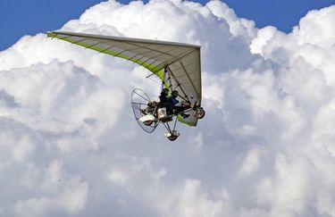 ali-sul-conero-volo-deltaplano