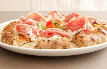 Ristorante La Farina - Pizza al Prosciutto Crudo