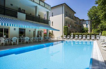 Hotel Athena - Piscina