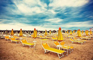 Spiaggia Marina Centro - Lettini