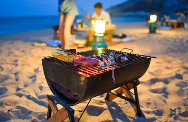 White Beach - Barbeque in spiaggia