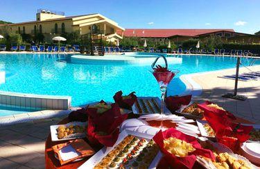 Hotel Horse Country Resort - Buffet Piscina