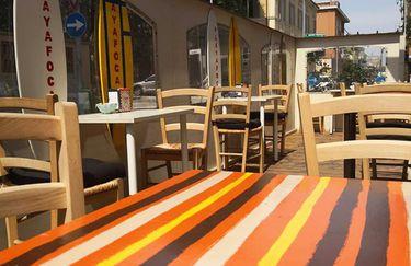 Al Bistrot Food and Drink - Tavolini