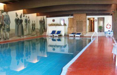 Hotel Rodes - Piscina
