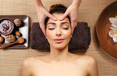 Private Luxury - Massaggio Facciale