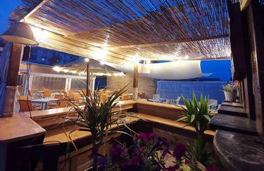 Tiki Beach Bar - Bar