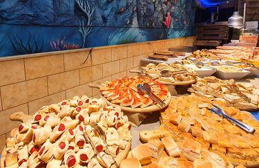 Atlantis Family Restaurant - Buffet