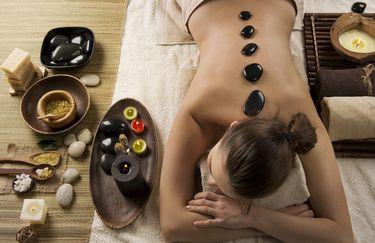 estetica-marcellla-massaggio-pietre