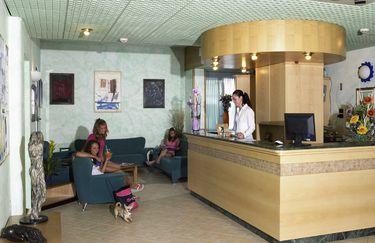Hotel New Bristol & Domus Mea*** - Reception