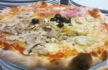 Ristorante Pizzeria Il Contadino - Pizza 4 stagioni