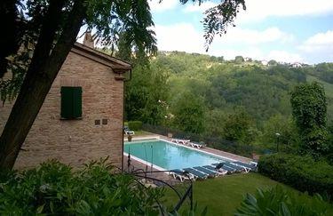 Castello di Montegridolfo - Piscina