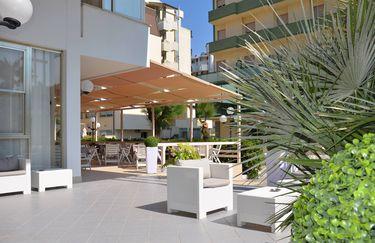 Hotel Mirage - Esterno