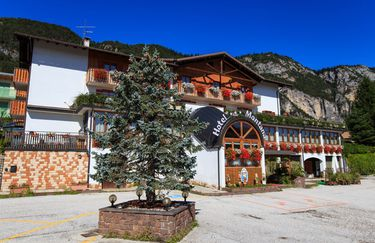 Hotel Montana - Esterno