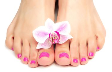 sesel-pedicure-smalto