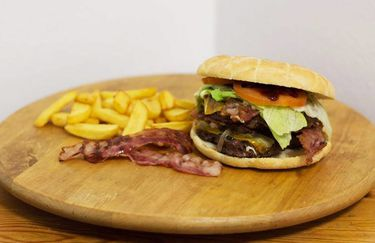 pizza-burger-hamburger5
