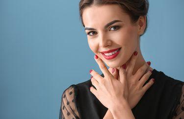 Estetica Marcella - Manicure viso smalto