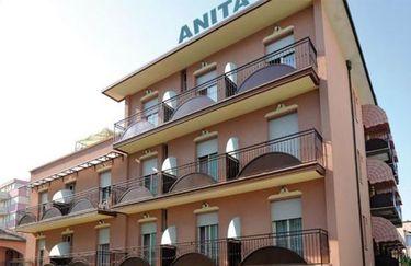 Hotel Anita - esterno giorno