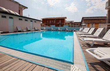 Fabbri's Hotel - Piscina