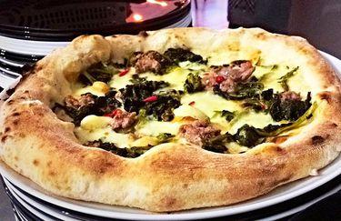 Pizzeria Margheri - Pizza Friarielli e Salsiccia