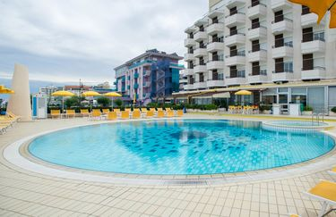 Hotel David - Piscina