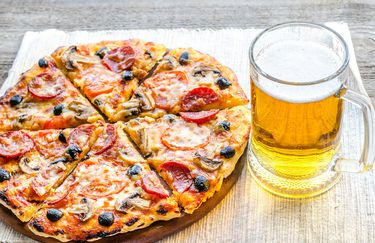 Red Devil pizza birra