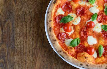 Prosecco Pizzeria Aperitivi - Pizza