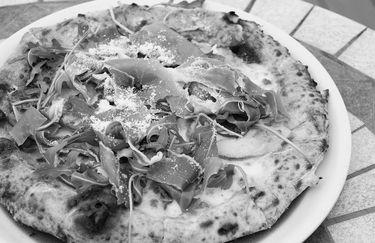 La Dama Dei Caraibi - Pizza
