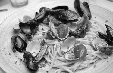 bistrot viale ceccarini - spaghetti cozze vongole
