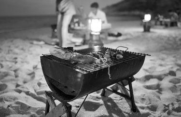 White Beach - Barbeque in spiaggia