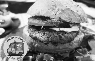 Queens Truck By Regina Di Cuori - Hamburger
