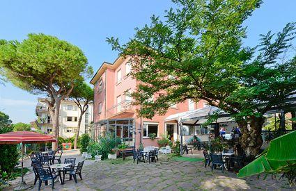 Hotel Flora - Giardino