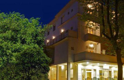 Hotel Blue e Silvie Rose - Esterno