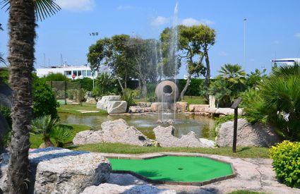River Green Golf - Mini Golf