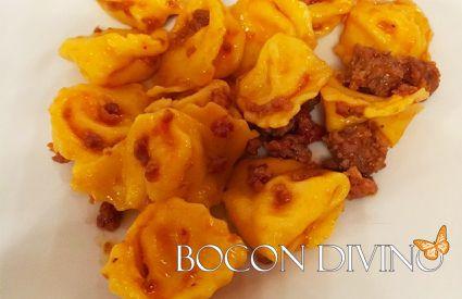 Bocon Divino - Cappelletti al ragù