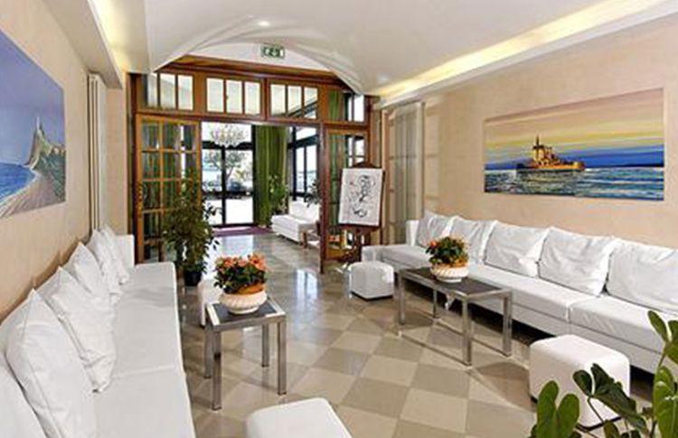 Coupon soggiorno di capodanno di coppia all 39 hotel for Coupon soggiorno roma
