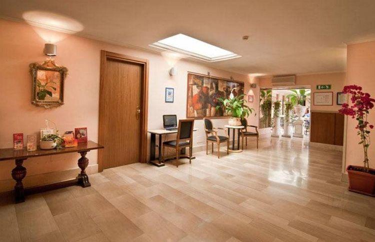 Coupon soggiorno di 7 notti all 39 hotel center 1 2 a roma for Coupon soggiorno roma