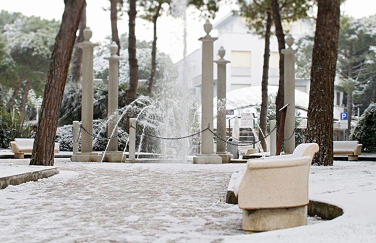 Coupon pattinaggio mima on ice a milano marittima e pista di pattinaggio a cervia tippest - Bagno mima milano marittima ...