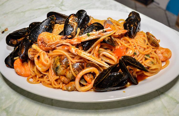 Coupon lettino e aperitivo al bagno albatros a lido delle nazioni tippest - Bagno marino archi pizzeria ...