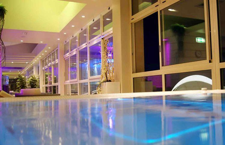 Piscine termali e riabilitative a rimini share the - Rimini terme orari piscina ...